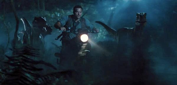 JurassicWorldRaptorsRunningIMGsv02