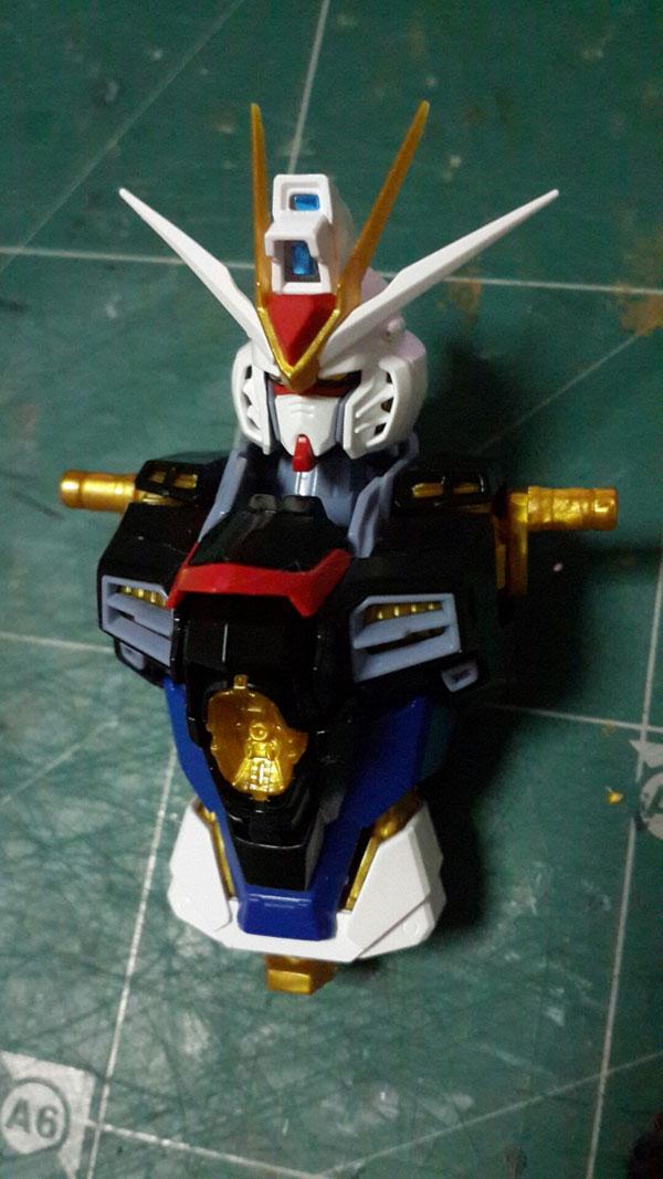 Review-MG-Strike-Freedom-Ver.MB-Dragon-Momoko-(15)