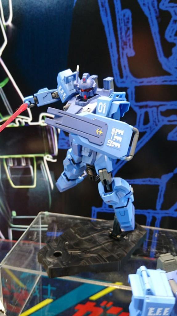 HGBF_Gundam_Blue_Destiny_Unit_03