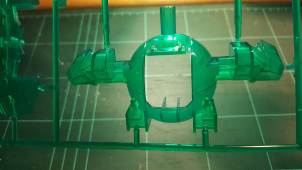 RX-0-Unicorn-Gundam-Bust---0000009