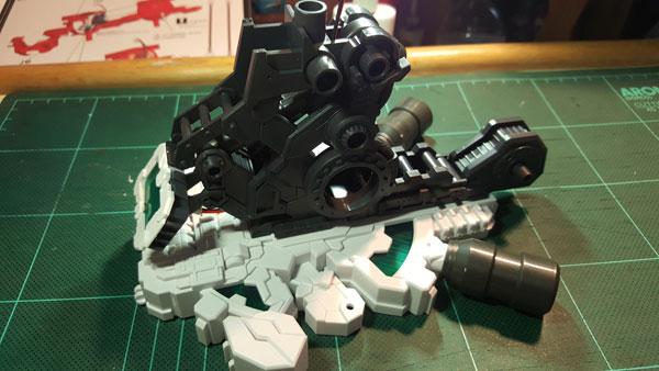 RX-0-Unicorn-Gundam-Bust---0000023
