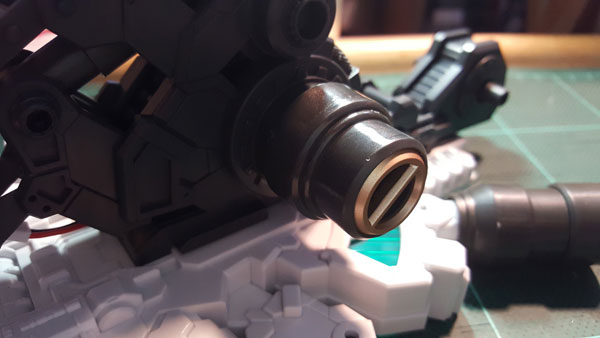 RX-0-Unicorn-Gundam-Bust---0000025