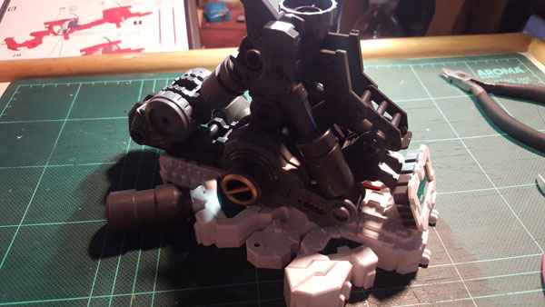 RX-0-Unicorn-Gundam-Bust---0000038