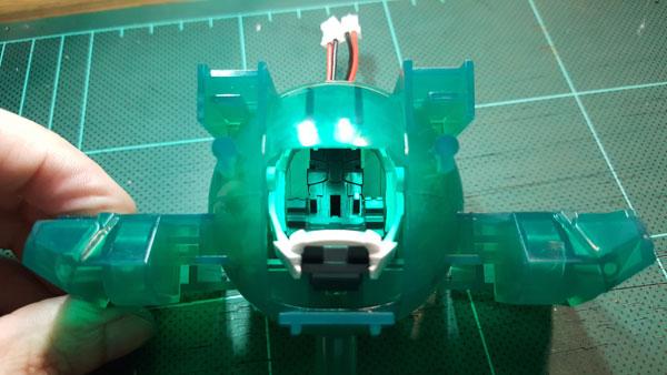 RX-0-Unicorn-Gundam-Bust---0000043