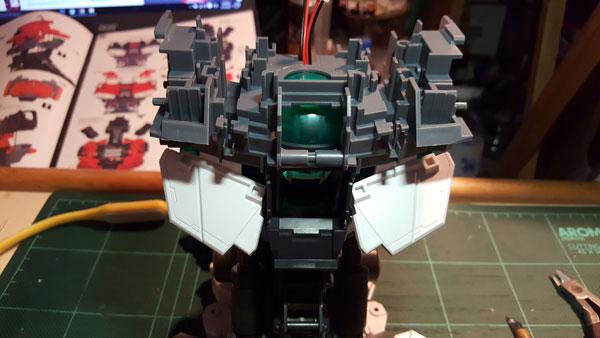RX-0-Unicorn-Gundam-Bust---0000050