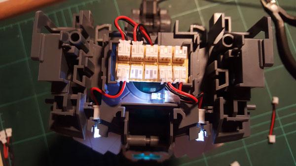 RX-0-Unicorn-Gundam-Bust---0000051