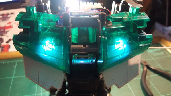 RX-0-Unicorn-Gundam-Bust---0000054