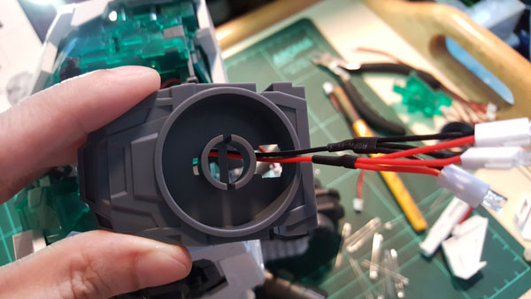 RX-0-Unicorn-Gundam-Bust---0000069