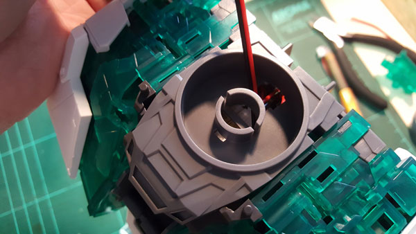 RX-0-Unicorn-Gundam-Bust---0000070
