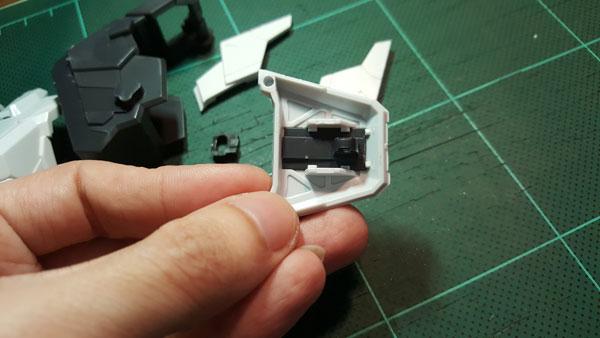RX-0-Unicorn-Gundam-Bust---0000072