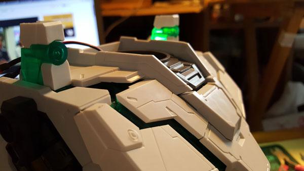 RX-0-Unicorn-Gundam-Bust---0000079