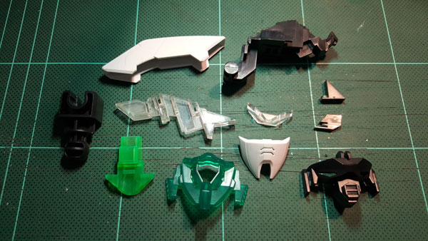 RX-0-Unicorn-Gundam-Bust---0000080