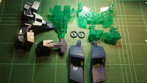 RX-0-Unicorn-Gundam-Bust---0000094