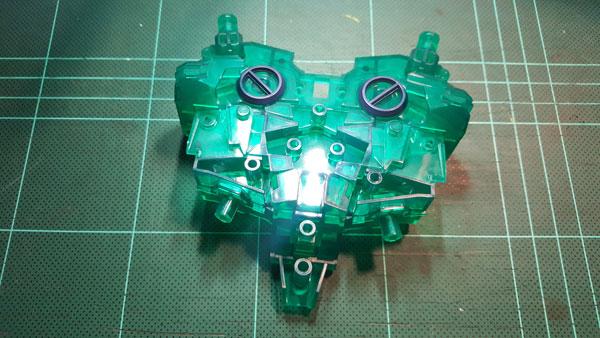 RX-0-Unicorn-Gundam-Bust---0000095