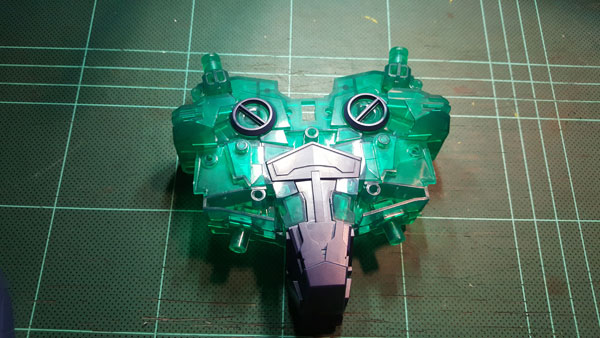 RX-0-Unicorn-Gundam-Bust---0000096