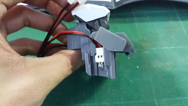 RX-0-Unicorn-Gundam-Bust---0000124