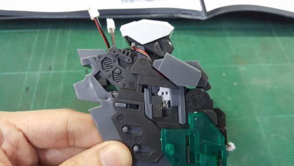 RX-0-Unicorn-Gundam-Bust---0000126