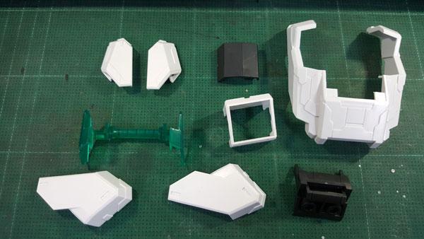 RX-0-Unicorn-Gundam-Bust---0000134