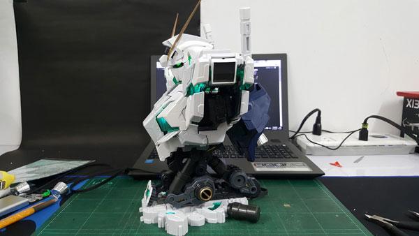 RX-0-Unicorn-Gundam-Bust---0000140