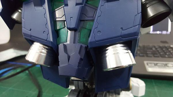 RX-0-Unicorn-Gundam-Bust---0000142