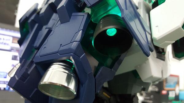 RX-0-Unicorn-Gundam-Bust---0000143