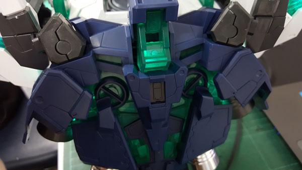 RX-0-Unicorn-Gundam-Bust---0000150