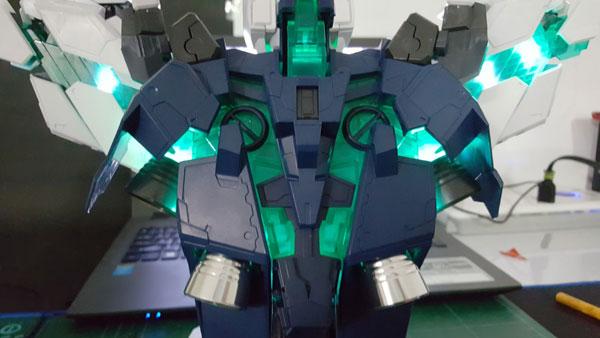 RX-0-Unicorn-Gundam-Bust---0000157