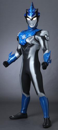 Ultraman R B (2)
