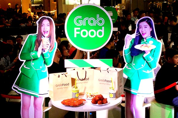 grab-appoints-bnk48-as-its-first-brand-ambassadors-in-thailand (7)