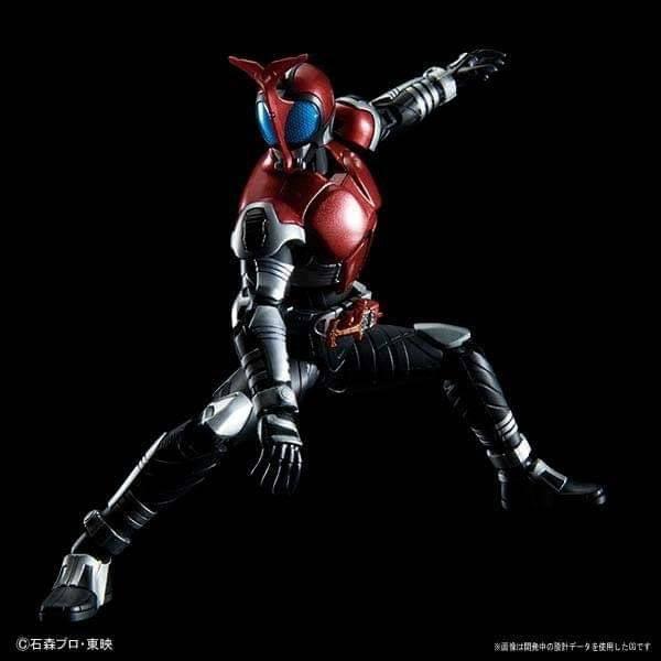 FigureRise-Kamen-Rider-Kabuto (4)