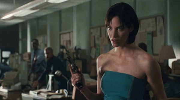 resident-evil-movie-alice story (14)