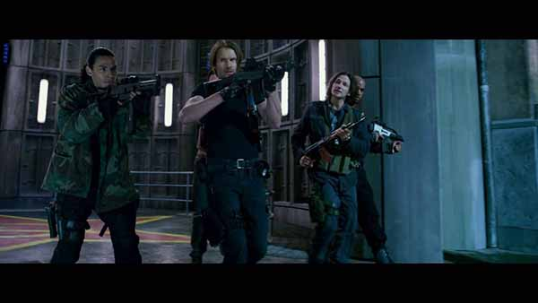 resident-evil-movie-alice story (40)