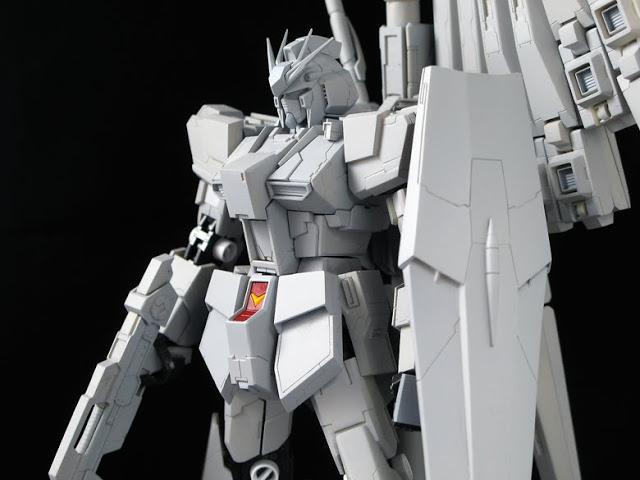 RG  1144 RX-93 nu Gundam  (3)