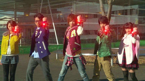 Heisei-Riders-Vs-Showa-Riders-Kamen-Rider-Wars-feat.-Super-Sentai-(12)