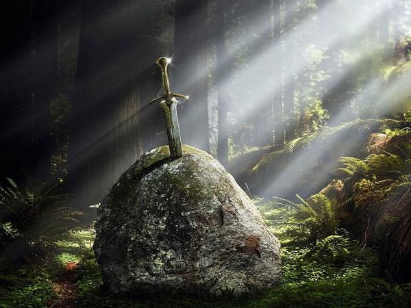 Excalibur-sword-(4)