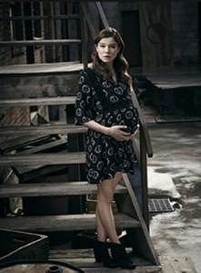 Containment(Tv_Series)-plot-character-Teresa Keaton