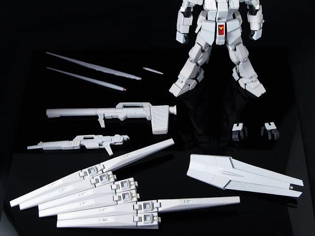 RG  1144 RX-93 nu Gundam  (5)