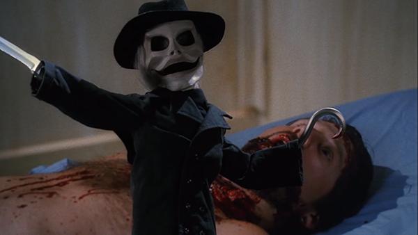 10 dolls in horror movie (1)