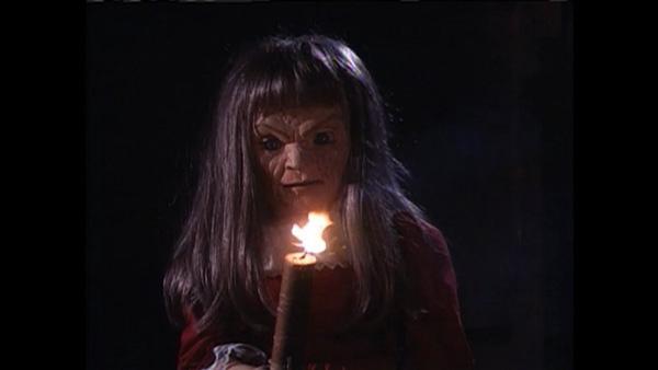 10 dolls in horror movie (5)
