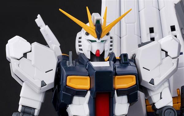 gunpla-RG-nu-Gundam (6)