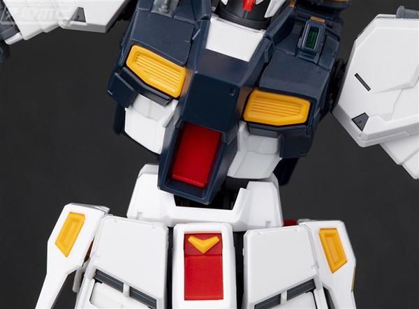 gunpla-RG-nu-Gundam (8)