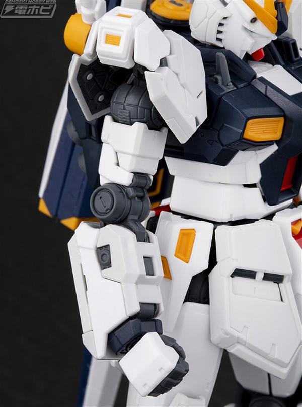 gunpla-RG-nu-Gundam (9)