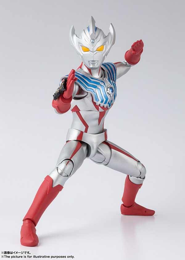 SHF Ultraman Taiga   (2)